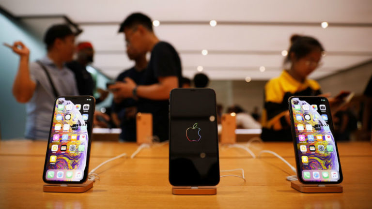 Pengguna iPhone Xs Mengeluh Susah Dapat Sinyal