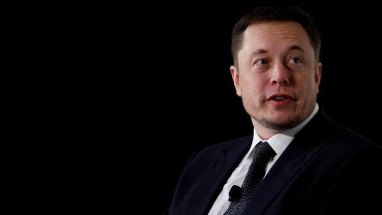 Elon Musk Sebut Instagram Penuh Tipu-tipu