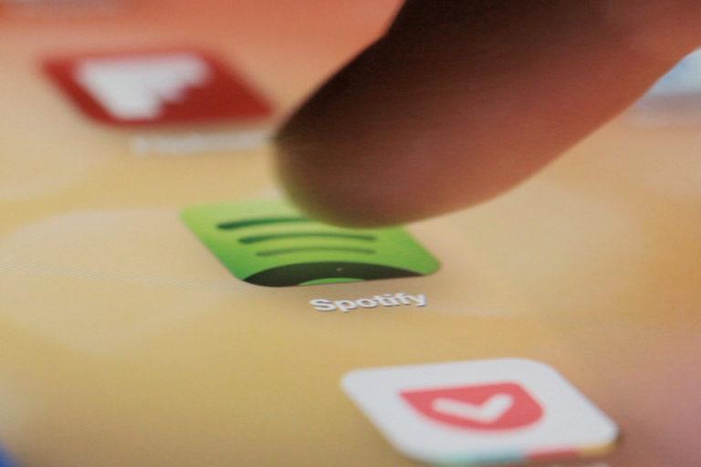 Spotify Buru Pengguna yang Curangi Langganan Paket Family Plans