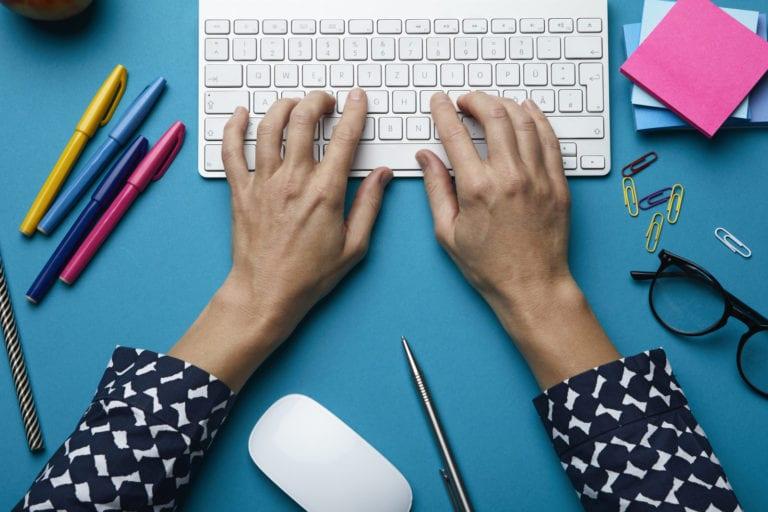 Jangan Takut Typo, Sekarang Ada Grammarly di Google Docs