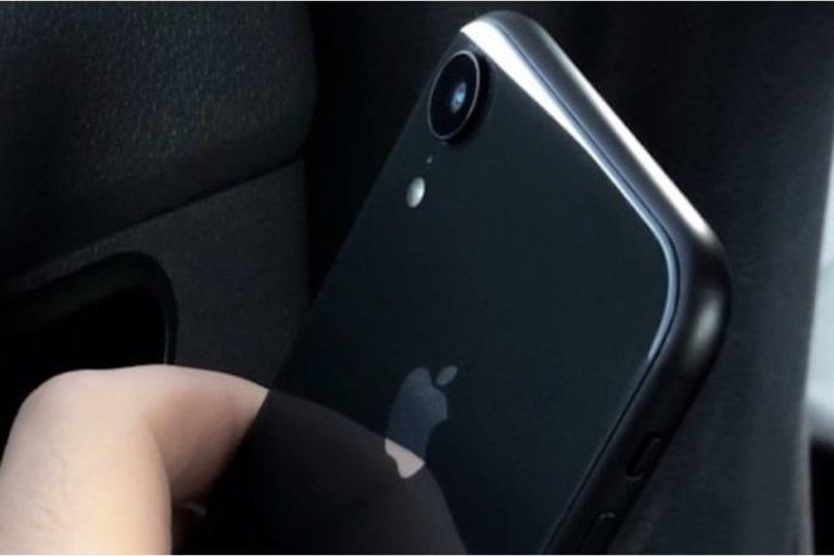 Sekilas Mirip, Ini Perbedaan iPhone XC dengan iPhone 8