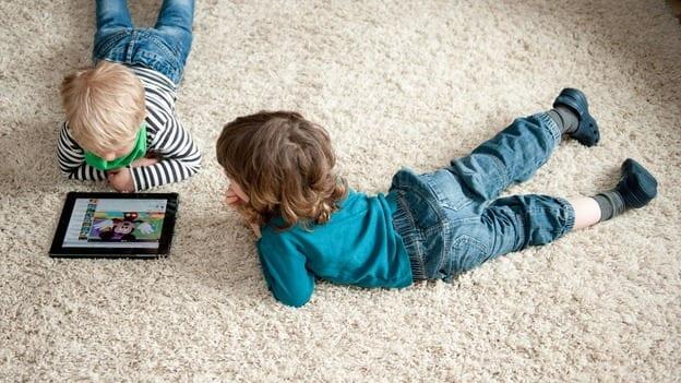 Survei: Anak-anak Main Gadget 3,6 Jam Setiap Hari
