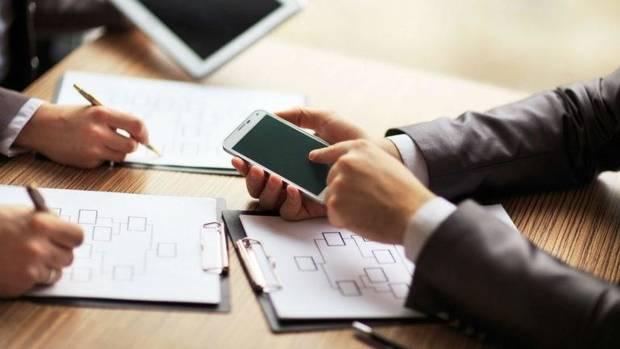 Pebisnis di Amerika Lebih Suka SMS Ketimbang Nelpon