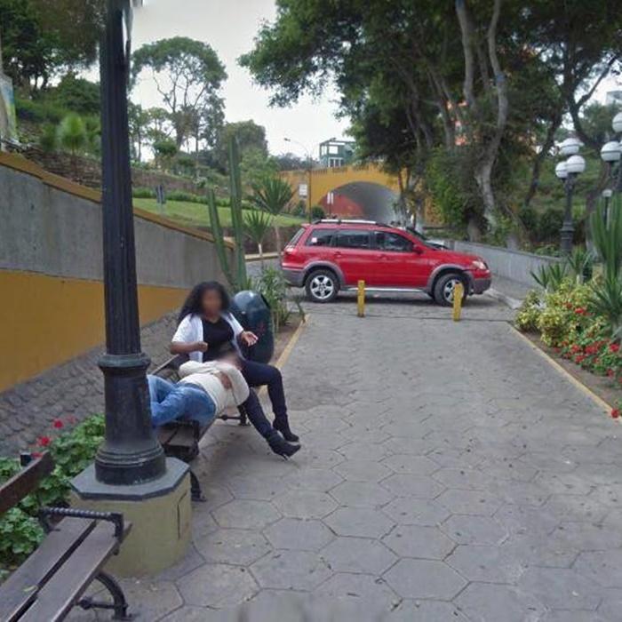 Waduh! Suami Pergoki Isterinya Selingkuh dari Foto Google Street View