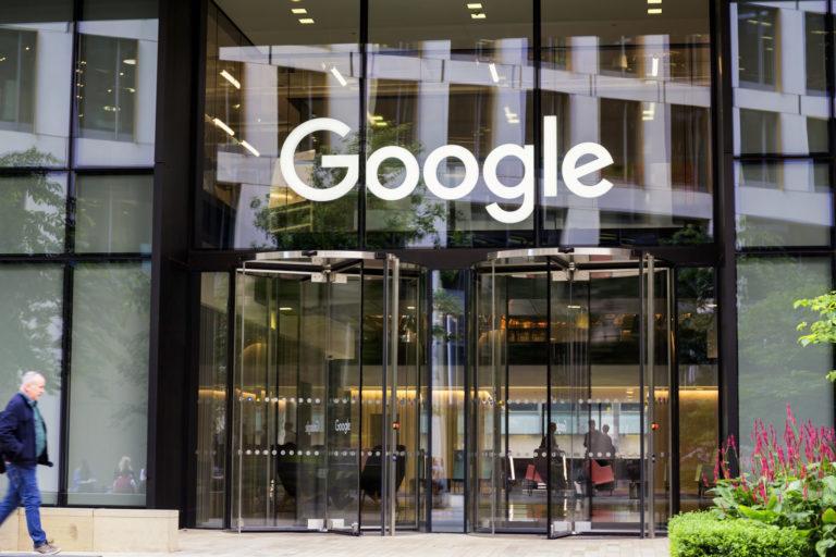 Uni Eropa Desak Google dkk Lebih Gencar Berantas Hoaks