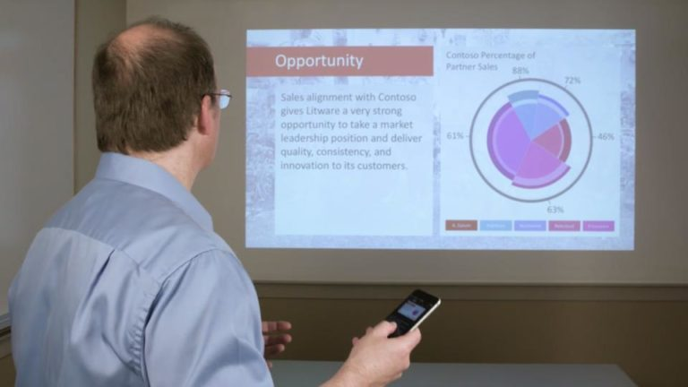 Fitur Baru Microsoft, Ubah Smartphone jadi Pointer Powerpoint