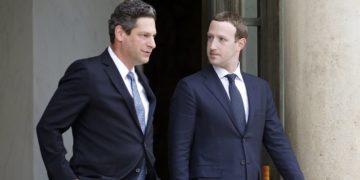 Facebook pecat