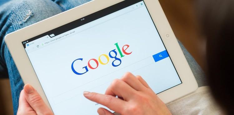 Algoritma Google Search Utamakan Berita Asli