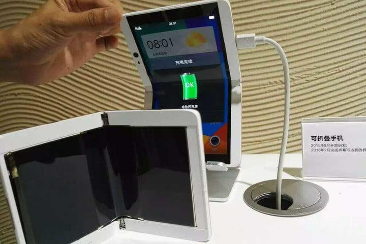 Smartphone Lipat Oppo Mirip Samsung Galaxy F?