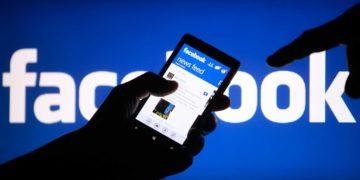 Waktu terbuang di Facebook