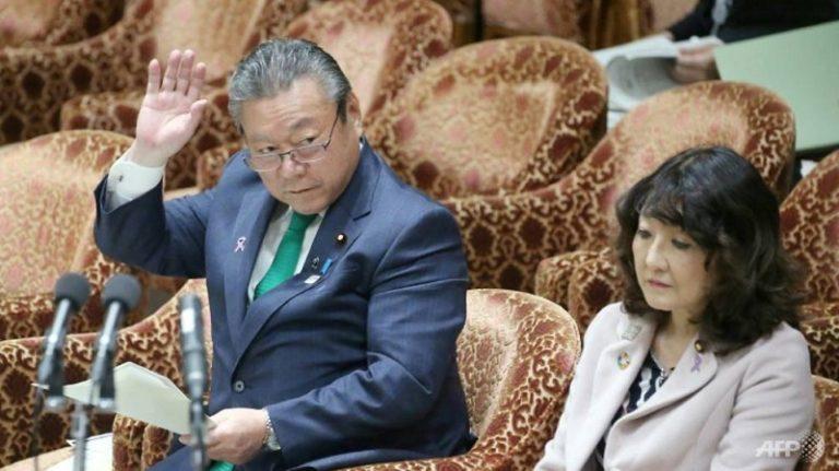 """Konyol! Menteri Keamanan Siber Jepang Ngaku """"Gaptek"""""""