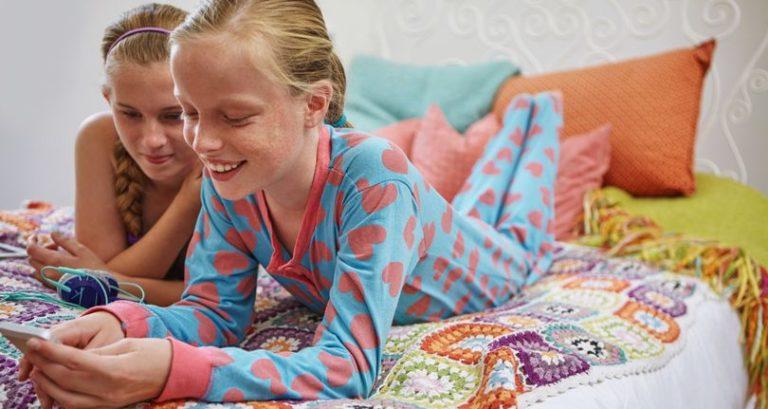 IMO S2, Smartphone Khusus Anak-anak dengan Desain Kekinian