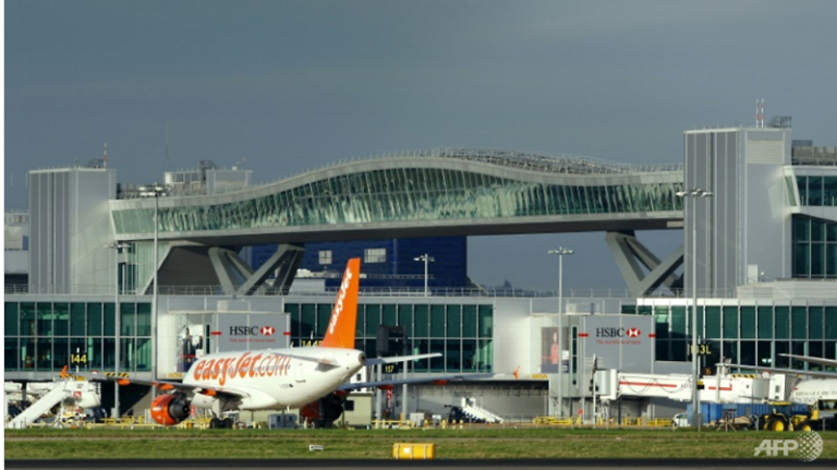 Gara-gara Drone, Bandara di Inggris Tunda Seluruh Penerbangan