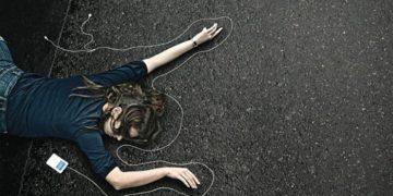 Tewas Saat Dengar Musik