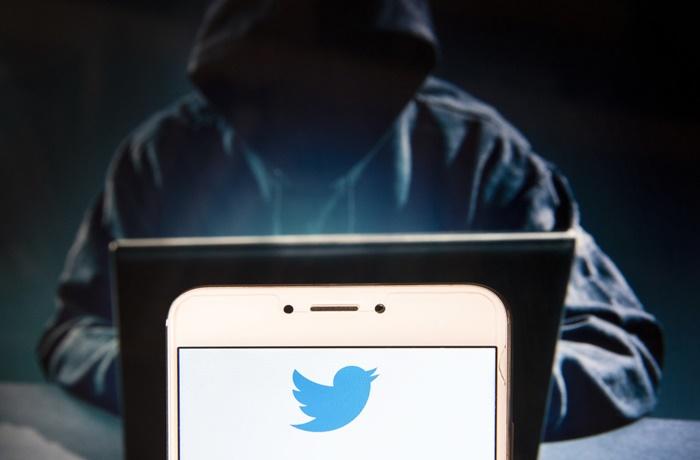 "Twitter Diminta Tutup Akun yang ""Kotori"" China"