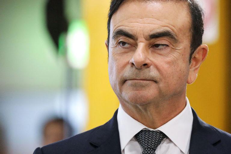 Jaksa Penuntut Paksa Ghosn Tandatangani Berkas Pengakuan?