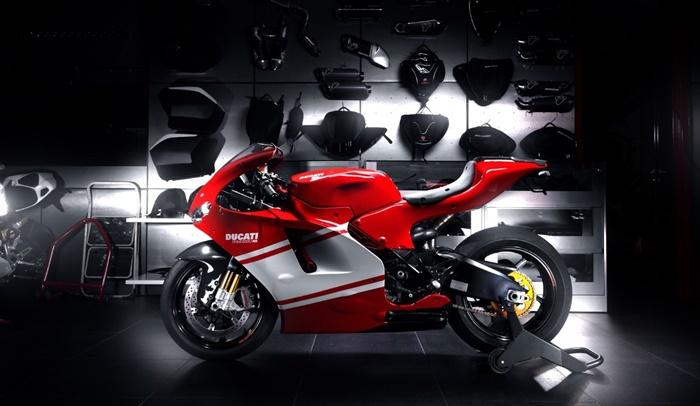 Moge Listrik Ducati Mengaspal Dua Tahun Lagi?