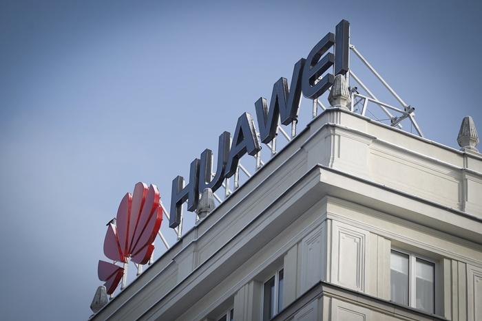 Huawei Pecat Karyawan yang Ditangkap di Polandia