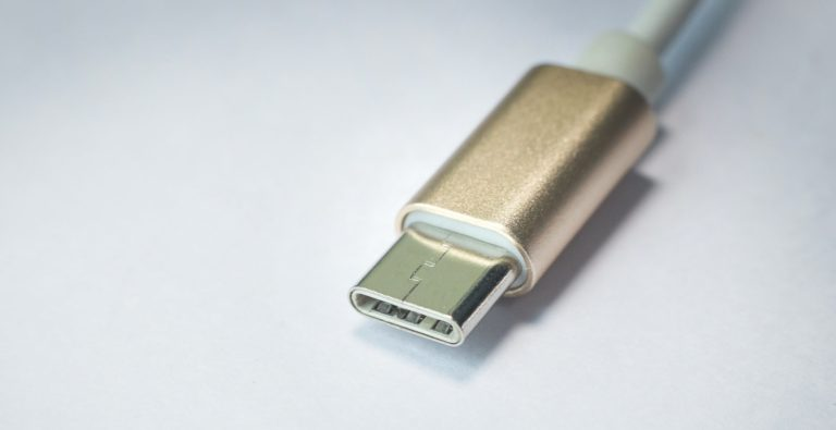 Wow! USB-C Ini Diklaim Bisa Identifikasi Malware