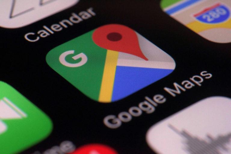 Google Maps Bisa Prediksi Jadwal Bus dan Kereta