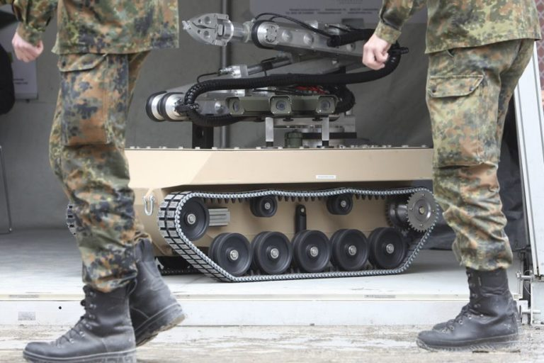 "China Was-was ""Senjata AI"" Picu Perang Antarnegara"