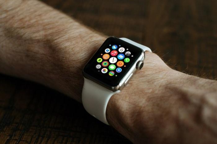 Apple Watch Deteksi Jatuh