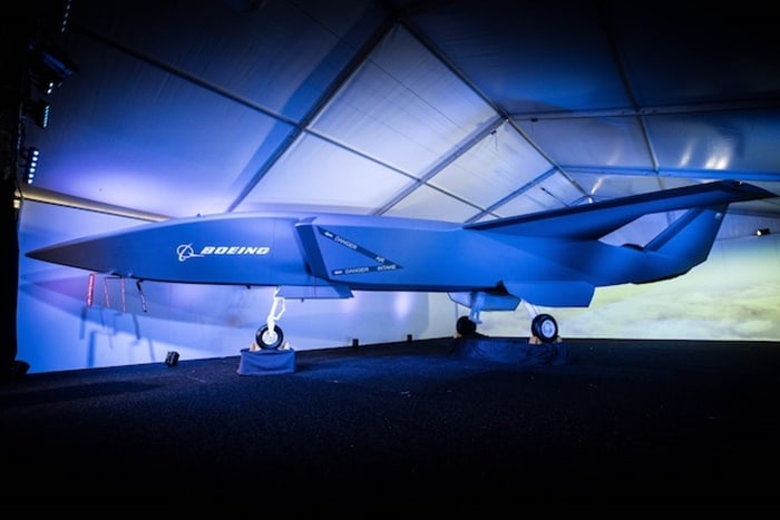Jet Tempur Otonom Boeing Siap Terbang Tahun Depan