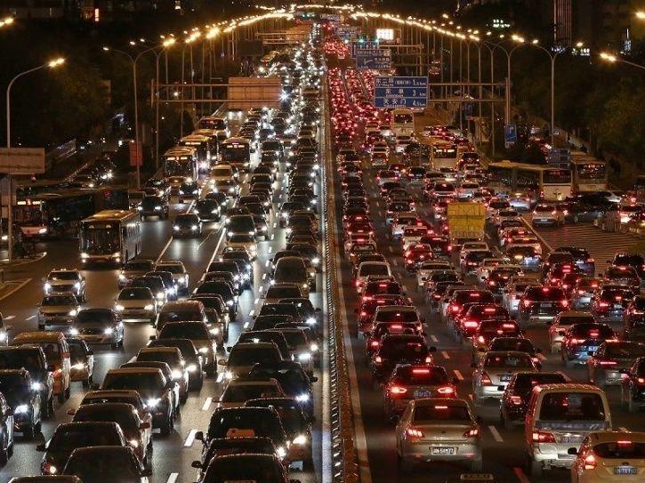 China Bangun Jalan Tol Pintar Berjaringan 5G