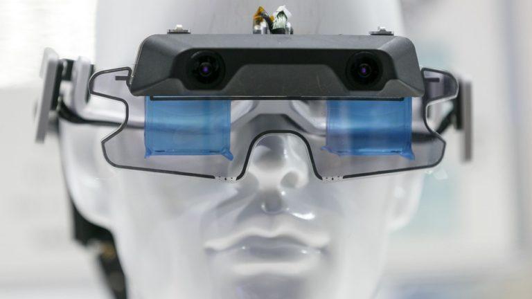 Karyawan Microsoft Protes Proyek Headset AR untuk Militer AS