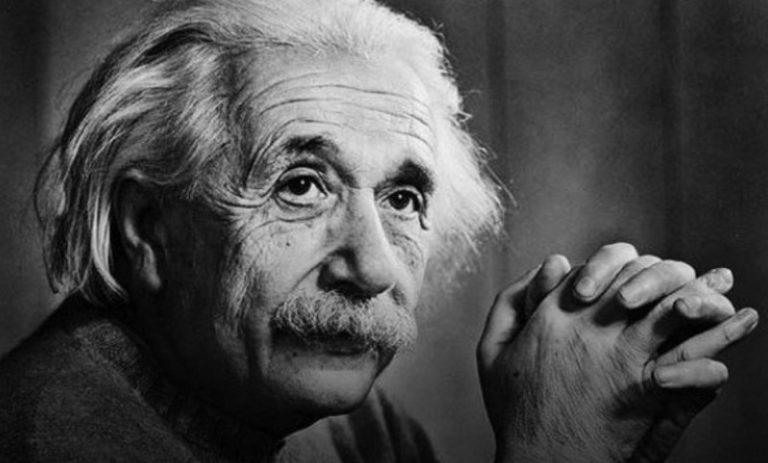 Surat Tulisan Tangan Albert Einstein Laku Rp 1,8 Miliar