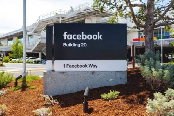 Facebook Kurangi Jangkauan Konten Kampanye Anti-Vaksin