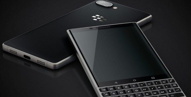 BlackBerry Ogah Bikin Smartphone Layar Lipat
