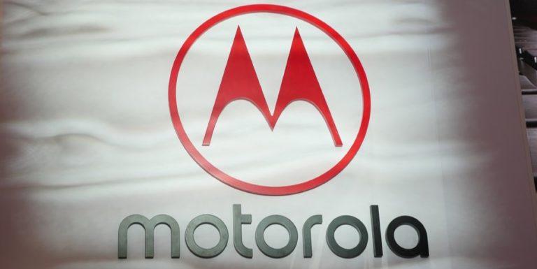 Ponsel Baru Motorola Bakal Tampil Tanpa Bezel