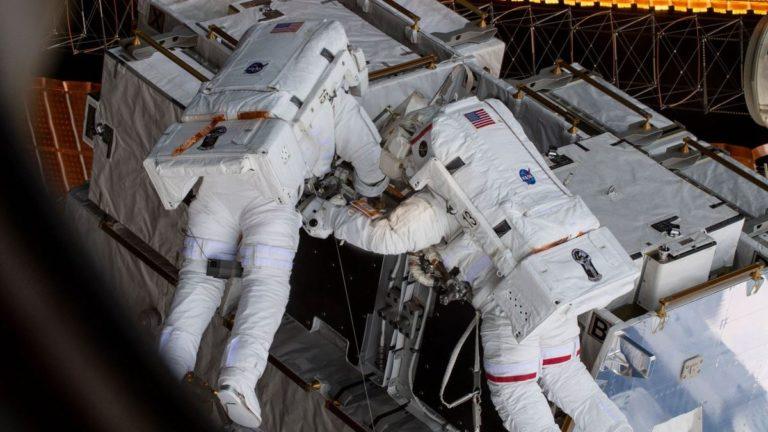 Gara-gara Pakaian, Astronot Perempuan Batal ke Luar Angkasa