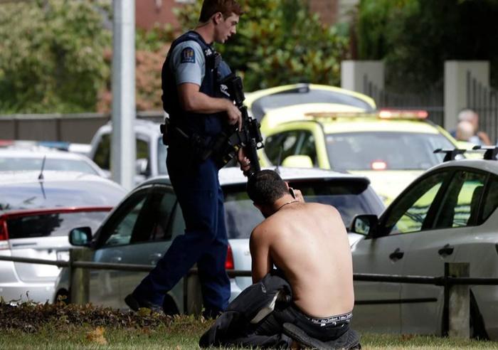 Facebook & YouTube Hapus Video Penembakan Masjid Selandia Baru