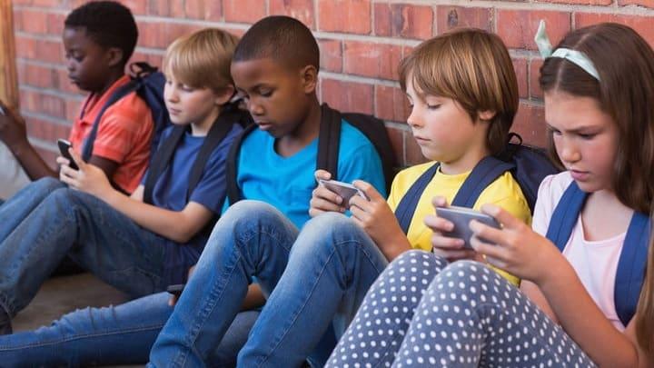 Catat! Ini Pedoman WHO Soal Pemakaian Gadget untuk Anak-anak
