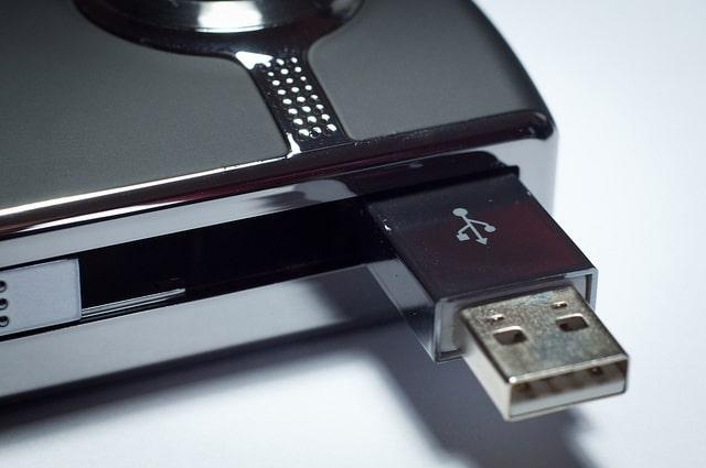 Mantan Mahasiswa Rusak 66 Komputer Kampus Pakai USB