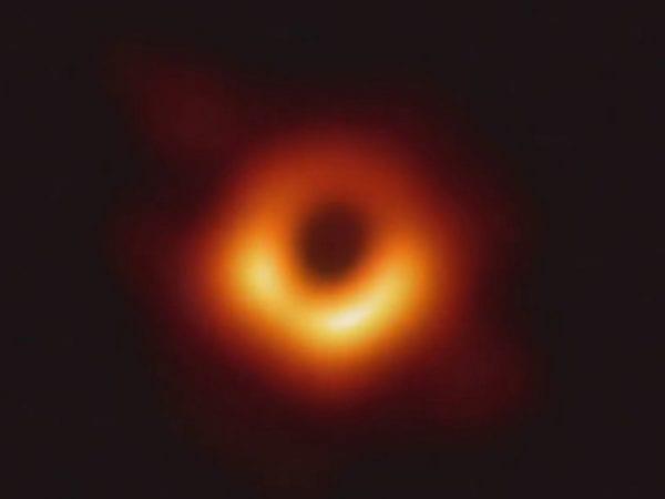 Foto black hole