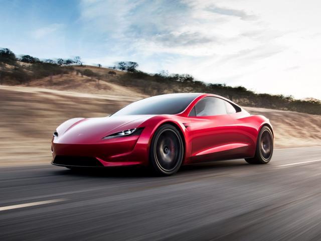 Fitur Autopilot Tesla Ternyata Gampang Ditipu, Ini Buktinya