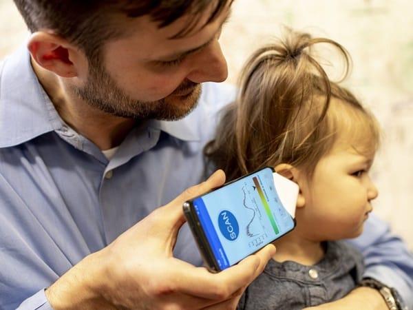 Smartphone Bisa Deteksi Infeksi Telinga, Caranya?