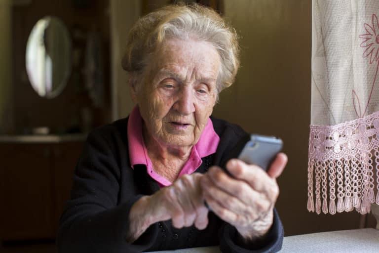 Ponsel Bisa Deteksi Penyakit Alzheimer 30 Tahun sebelum Gejala