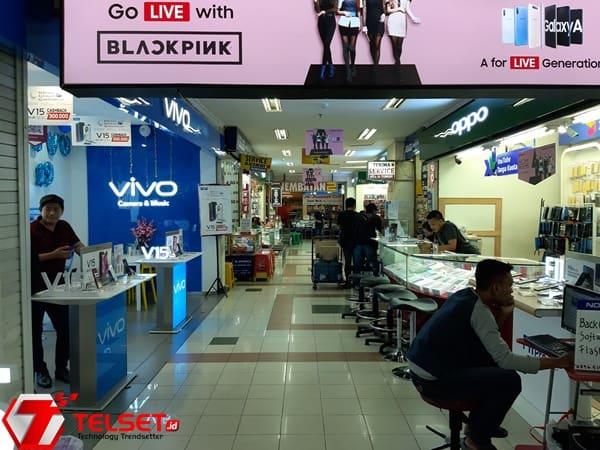 Konsumen Takut Beli Ponsel Huawei, Penjualan Turun 40%