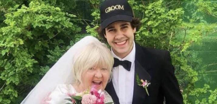 Demi Konten, YouTuber Ini Nikahi Ibu Sahabatnya