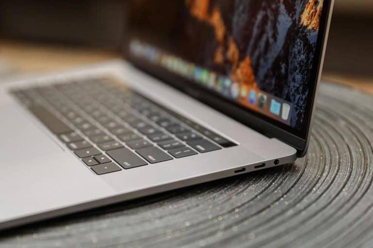 Apple Tarik MacBook Pro 15 Inci Keluaran 2015-2017, Ini Alasannya