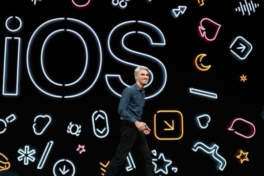 Aplikasi iOS Intip Pengguna