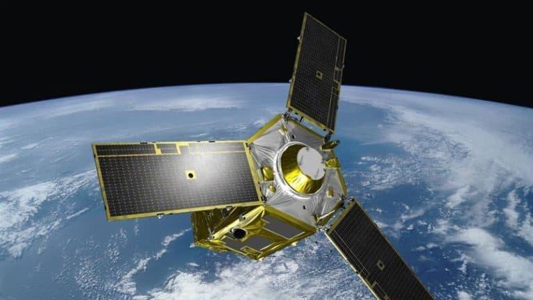 Sempat Gagal, Peluncuran Satelit Militer UEA Disiarkan via YouTube
