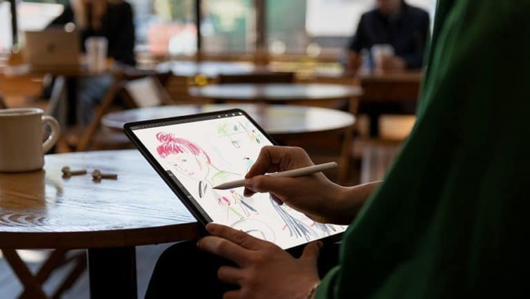 iPhone 2020 Bakal Usung Layar 120Hz seperti iPad Pro?