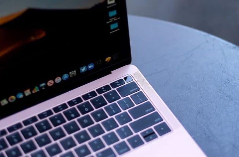 Apple Ganti Desain Keyboard Butterfly di MacBook Terbaru?