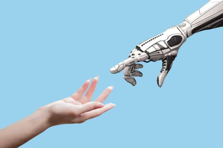Pekerja Wanita Lebih Berpotensi Tergusur Robot