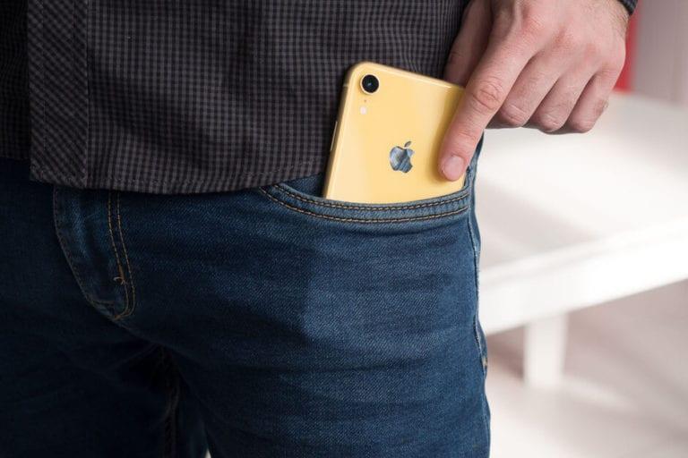 Logo Apple di iPhone akan Menyala saat Ada Notifikasi?